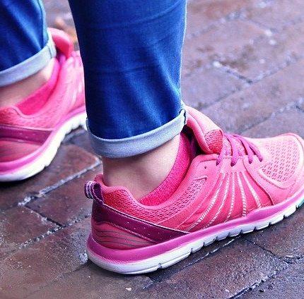 Quelles chaussures femme pour marcher longtemps en ville